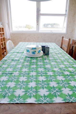 Pacifica print table cloth in green