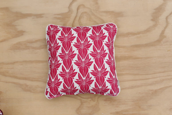Lily print in fuschia 40cm Cushion