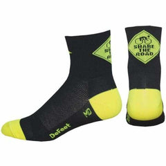 DeFeet Aireator 3 Share the Road Socks - black/neon green / 9.5-11.5 - Socks