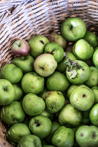 Odgers and McClelland Exchange Stores homegrown granny smith apples