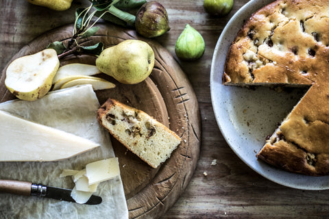Foraging for figs, fig bread