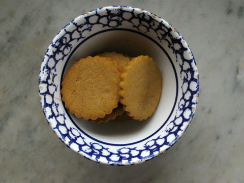 Heirloom recipes ginger biscuits