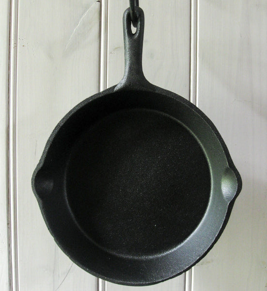 Cast iron skillets, cookware