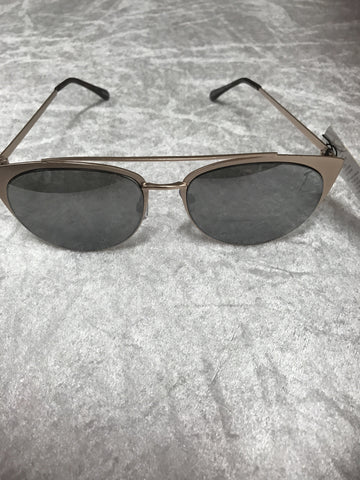 7475EM Grey Tortoiseshell Retro Fashion Sunglasses