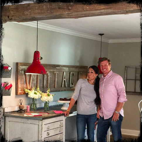 FIXER UPPER joanna gaines ACCESSORIES