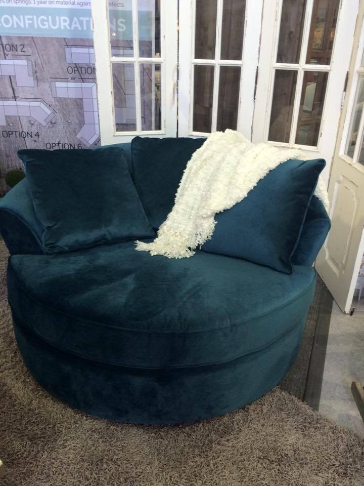 CUSTOM NEST CHAIR MADE IN CANADA - Teal - Showhome Furniture