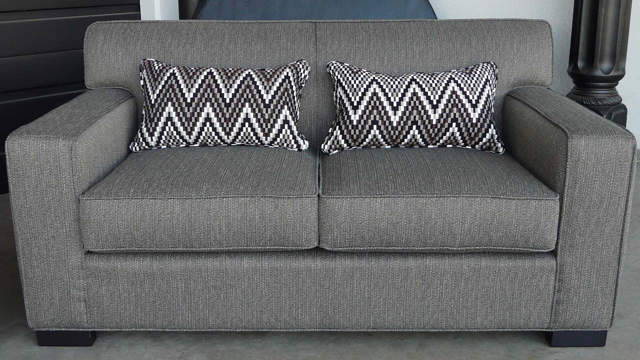 Arsenio Loveseat - Showhome Furniture