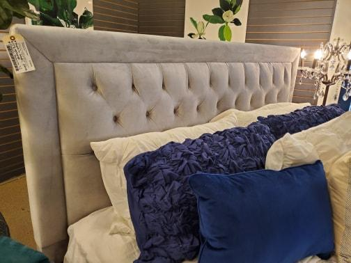 CUSTOM DAYTONA FABRIC TUFTED BED | Showhome Furniture