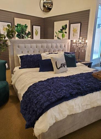 NAVY BLUE AMELIA BED
