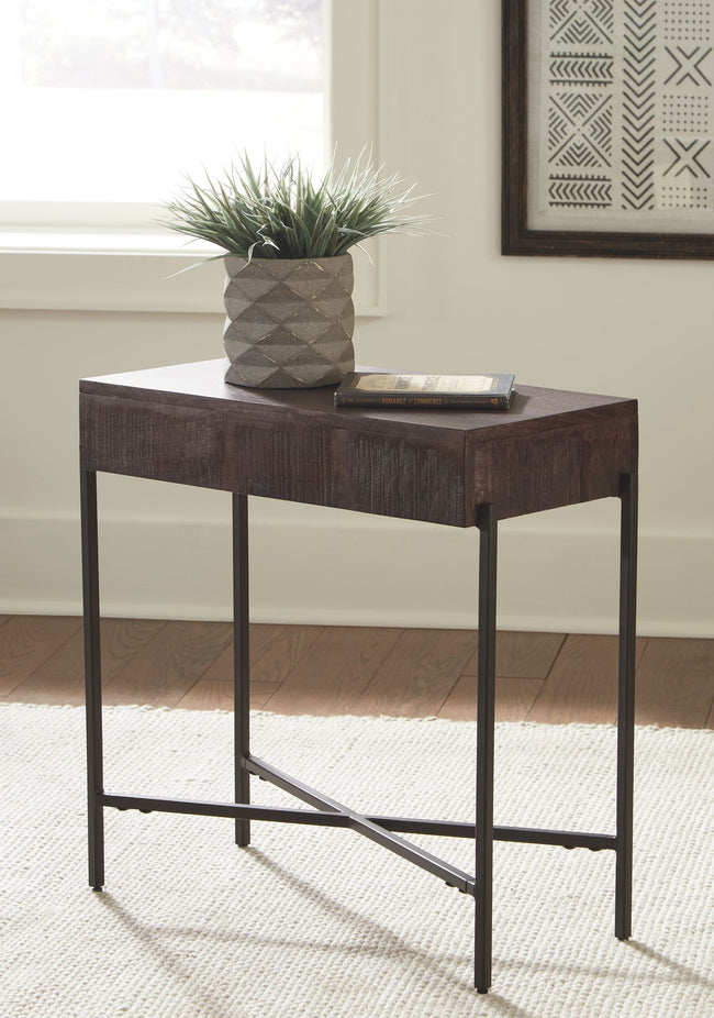 Matler Accent Table | Calgary's Furniture Store