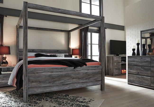 Baystorm Poster Bed | Calgary's Furniture Store