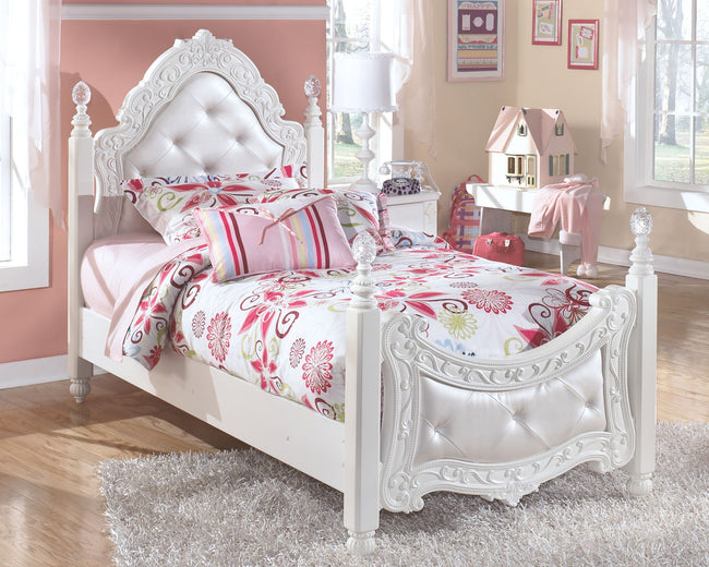 Exquisite Poster Bed | Calgary's Furniture Store