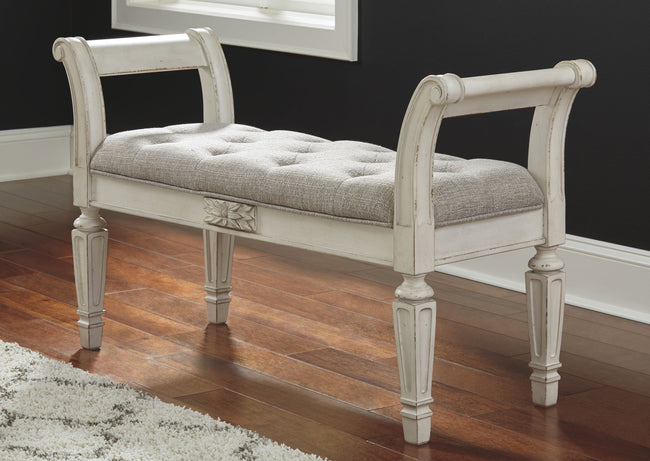 Realyn Accent Bench | Calgary's Furniture Store