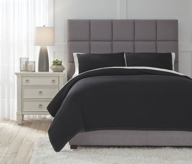 Thornam Coverlet Set | Calgary's Furniture Store