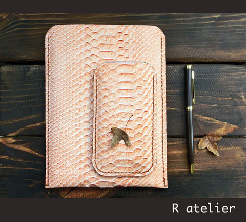 Handmade Leather iPhone Sleeve | Smartphone Sleeve / Case