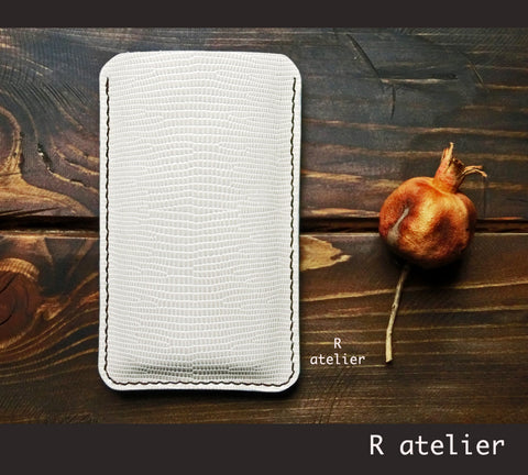 Handmade Smartphone Sleeve | iPhone Sleeve | Samsung Phone Sleeve