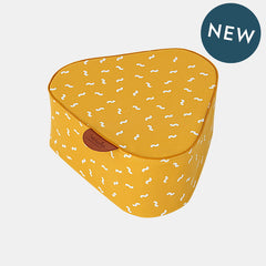 WIGGLY WORM POUF <br> YELLOW