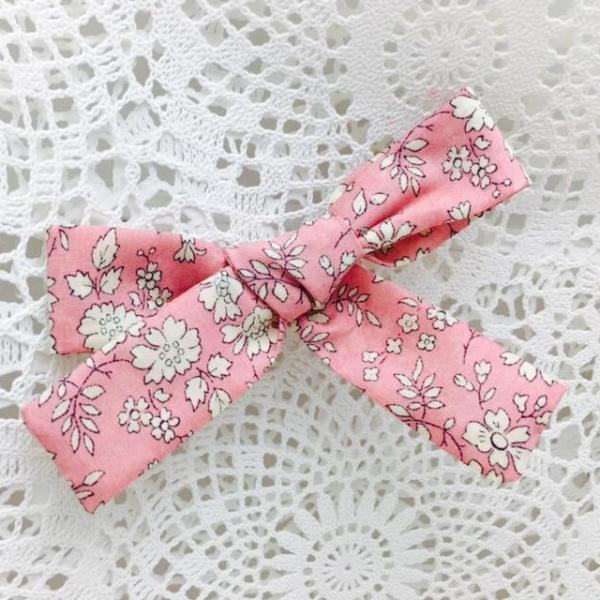 Knot Bow Classic ~ Liberty of London ~ Pink Capel