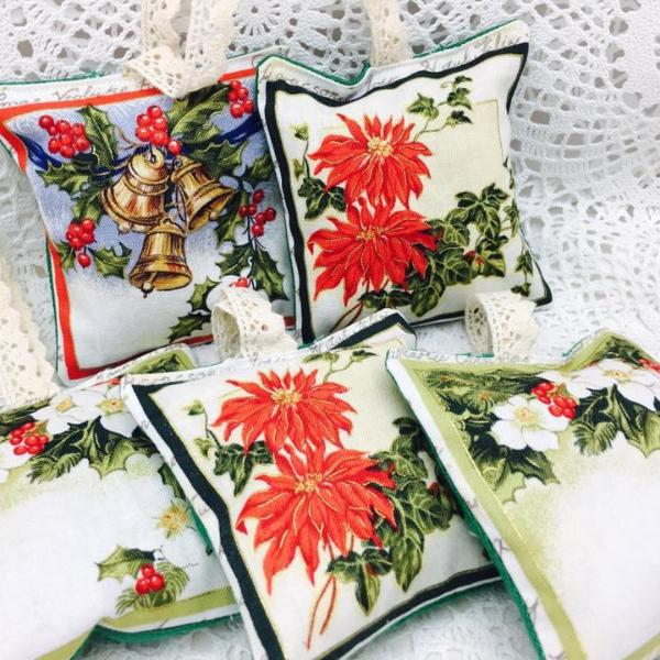 Lavender Pillow ~ Mini Christmas