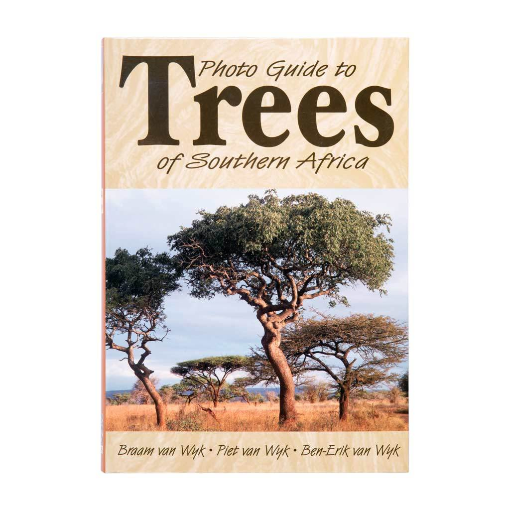 Photo Guide to Trees of South Africa -   - Books