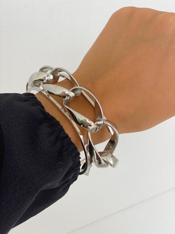 ELIZABETH Chunky Chain Cuff - Single - Bracelet