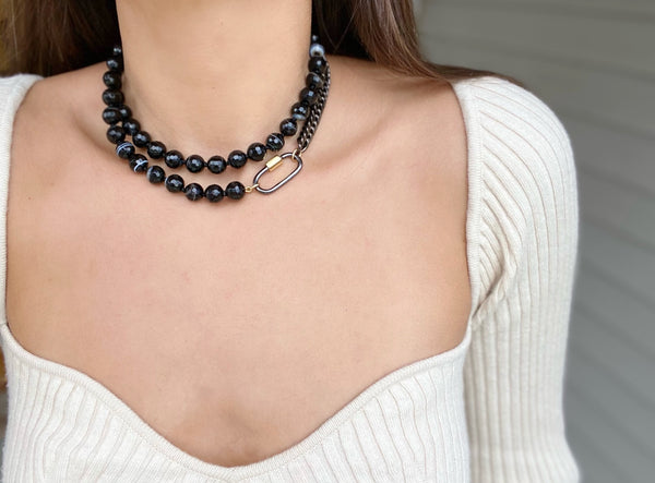BLACK >>> CHAIN Beaded Necklace