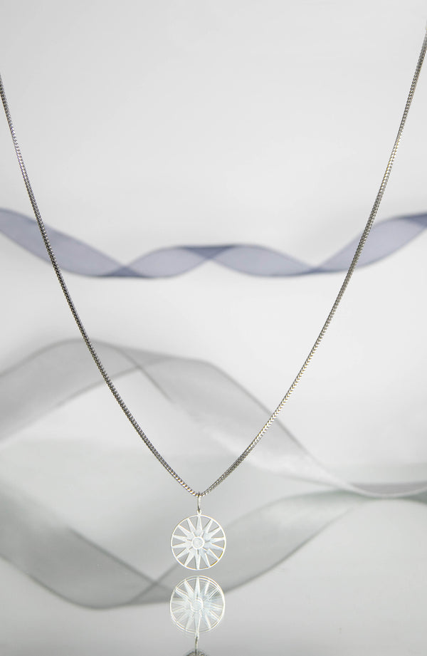 WYNTER Pinwheel Disc Necklace