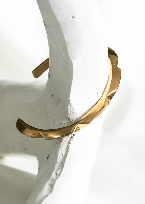 SOPHIA Lilly Pyramid Cuff