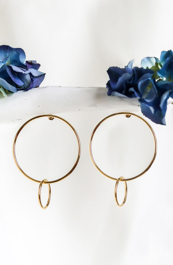 DANCING Hoop Earrings