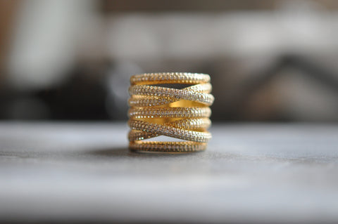 CHLOE Gold Crossover Ring