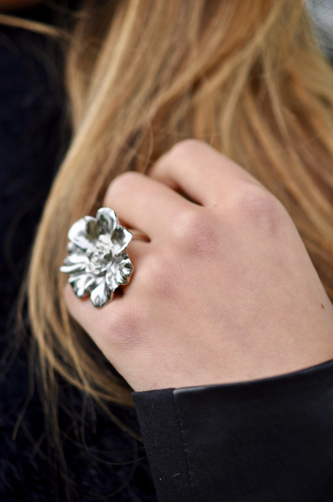 Isabella double flower ring