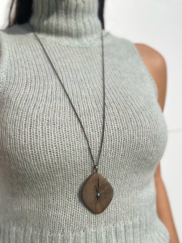 LILLIAN Wooden Burst Necklace