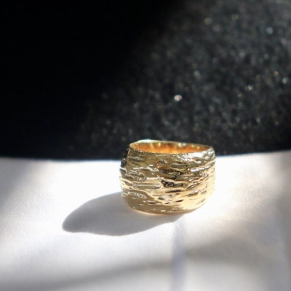 LONG LOTS Wide Band Ring