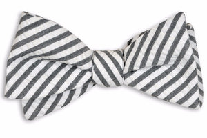 Gray Wide Seersucker Stripe Bow Tie