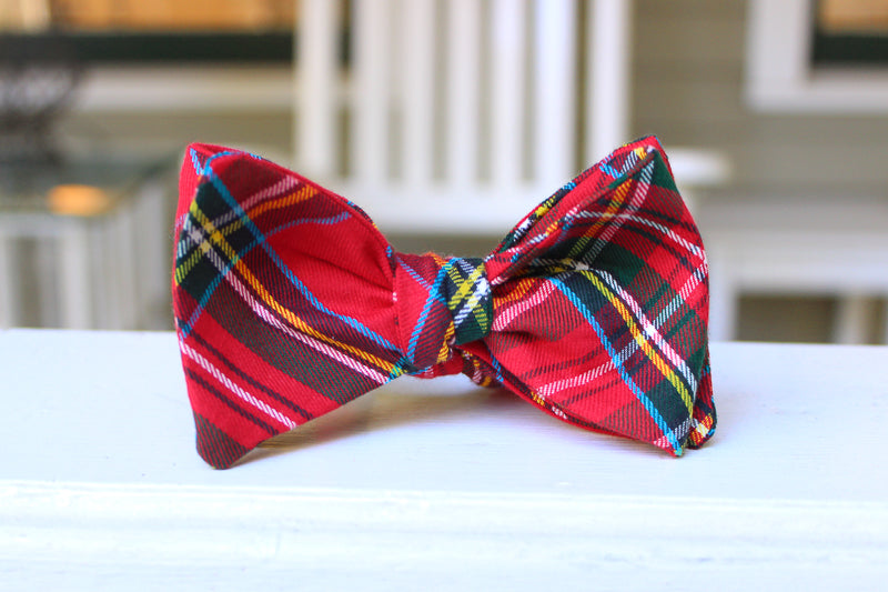 Cocoa and Mistletoe Bow Tie