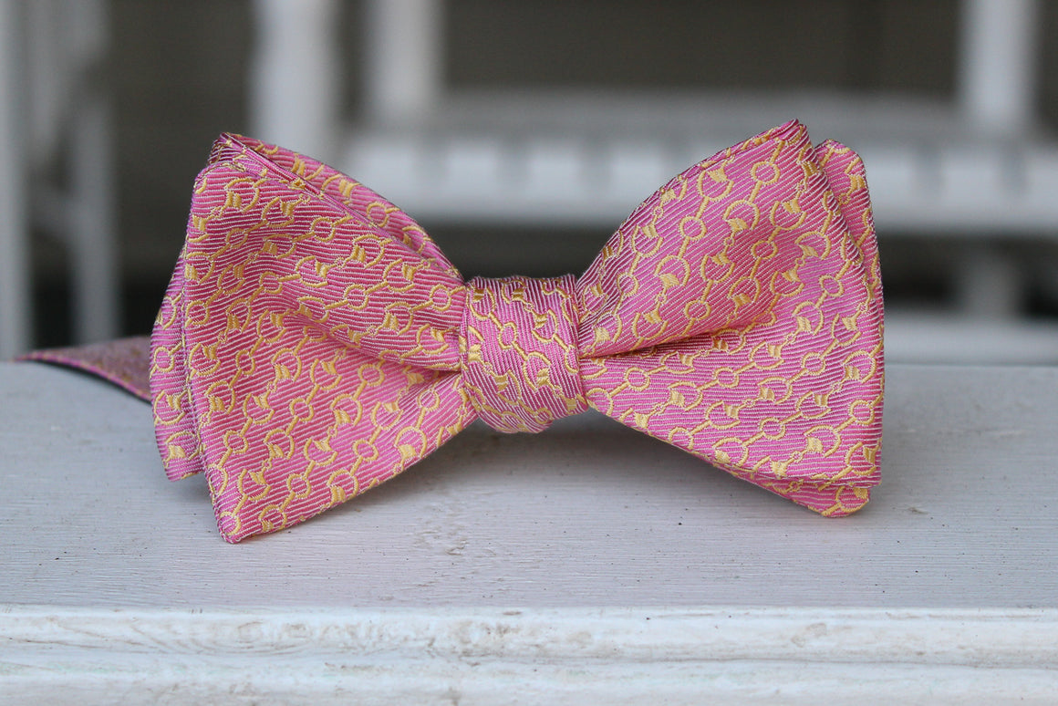 Horse Bits Bow Tie - Pink