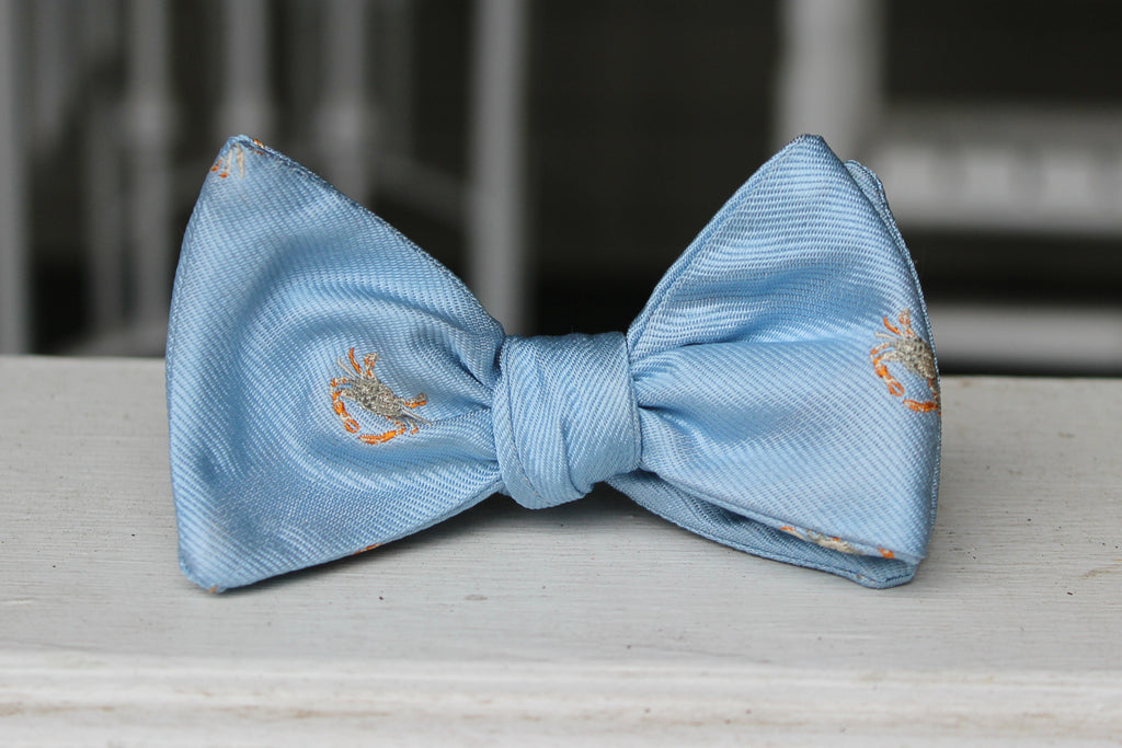 Blue Crab Bow Tie - Light Blue