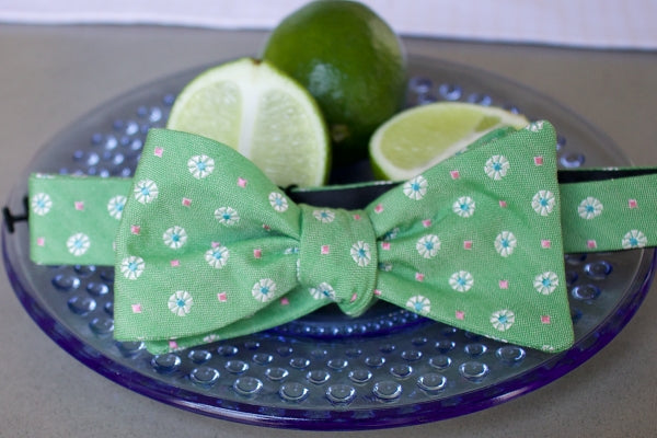 Mimosa Bow Tie - Lime