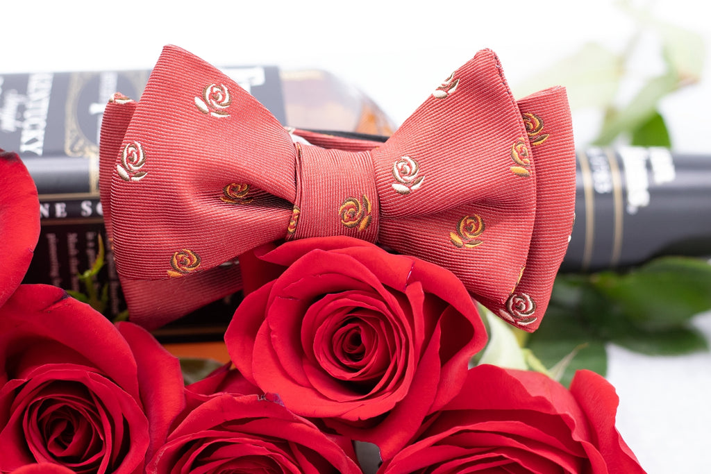 Run for the Roses Bow Tie