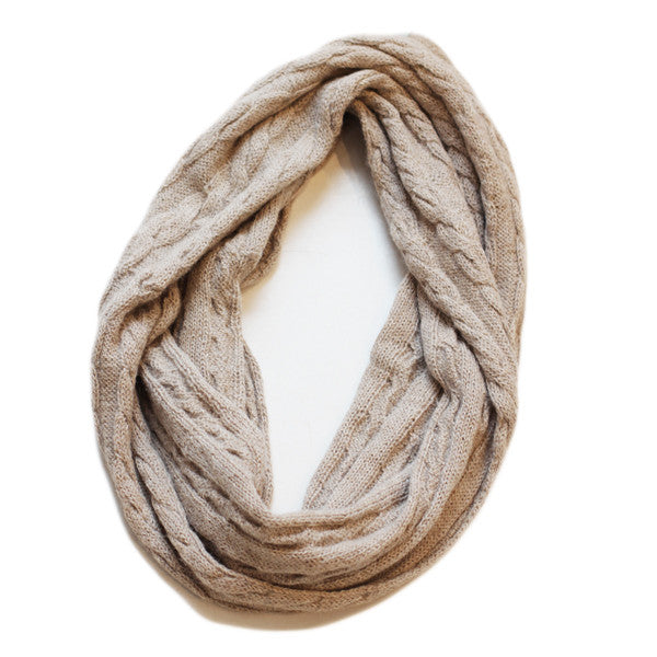 Amayi Cable Loop Snood - Oatmeal 1