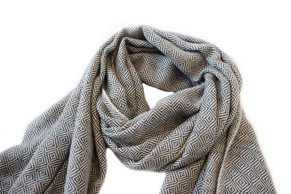 Diamond Weave Scarf - Charcoal & Off White