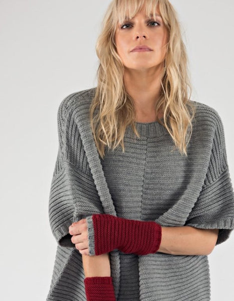 Poncho Jumper – Cashmere Merino CRADLE TO CRADLE® yarn, Grey