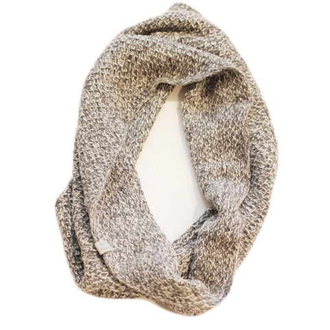 Amayi Honeycomb Snood - Grey & White 2