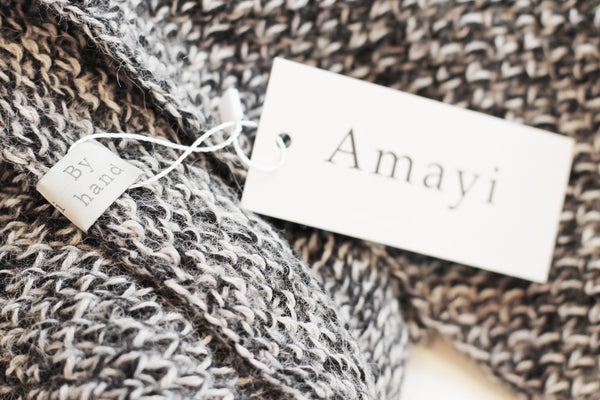 Amayi Honeycomb Snood - Grey & Black 2