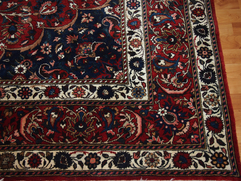 6'9'' X 10'5'' Persian Bakhtiari Medallion Semi-Antique Red Rectangle Wool Rug - Direct Rug Import | Rugs in Chicago, Indiana,South Bend,Granger