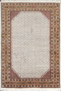 "5'9""X7'11"" Decorative Ivory Heriz Wool Hand-Knotted Rug"