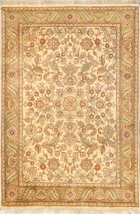 "3'11""x6' Decorative Tan Wool Hand-Knotted Rug"