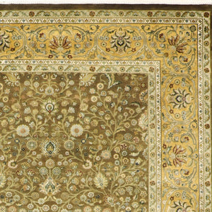 "8'2""x10'1"" Traditional Tabriz Wool Hand-Knotted Rug"