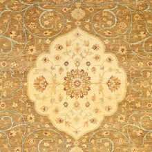 "Load image into Gallery viewer, 8'1""x9'10"" Classic Medallion Kerman Tan Wool Hand-Knotted Rug"
