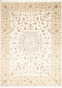 "6'11""x9'9"" Contemporary Ivory Wool Hand-Knotted Rug"